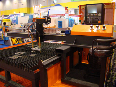 CNC Plasma & Oxyfuel Cutting Machine p1